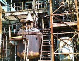 Die alten Gas-Tanks und die Produktionsanlagen wurden nie beseitigt.