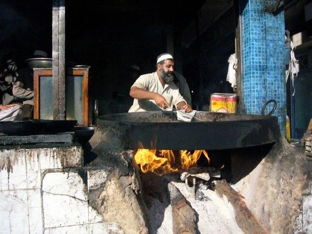 Nur wenige Bewohner hatten die radikalen Taliban unterstutzt, sagt Shaukat Hussein.